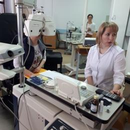 Afecţiunile oculare grave se tratează, cu succes, la Institutul