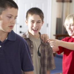 Comportamentul de hărţuire, abuz şi violenţă este tot mai des întâlnit, chiar şi la copiii foarte mici