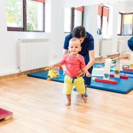 Cele mai bune metode de tratare a tulburărilor de mers, la copii