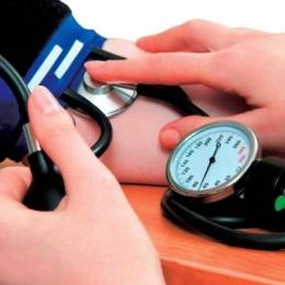 Cum prevenim bolile cardiovasculare. Hipertensiunea arterială, ţinută în frâu
