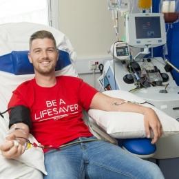 """Celulele stem, inamicul cancerului de sânge. Pacienţi """"renăscuţi"""" cu ajutorul nostru"""