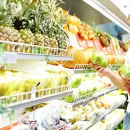 LISTA fructelor şi legumelor care conţin cele mai multe pesticide . Merele au fost detronate!