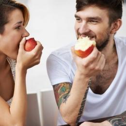 Fructele mâncate după masă provoacă arsuri, indigestie și reflux gastro-intestinal