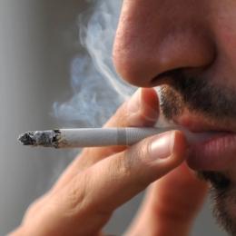 Consumul de tutun ne scurtează viaţa în medie cu 15 ani