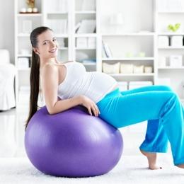 Exerciţiile fizice din timpul sarcinii previn varicele, hemoroizii, edemele şi vergeturile