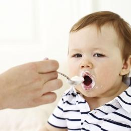 Alimentaţia corectă a bebeluşilor