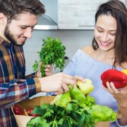 Hrăneşte-te corect pentru a depăși dezechilibrul hormonal