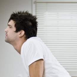 Îndepărtarea totală a părului nazal vă afectează sănătatea