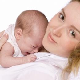 Alergiile se pot transmite de la mamă la copil, prin placentă şi alăptare