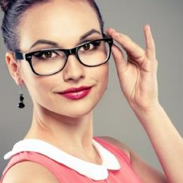 Lentile de contact sau ochelari? Ce este mai bine să purtăm