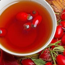 Ceaiul de măceşe conţine o cantitate uriaşă de vitamina C
