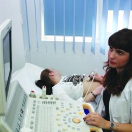 Ecografia mamară, esenţială în depistarea cancerului de sân