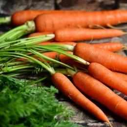Fibrele din morcovi contribuie la prevenirea constipației
