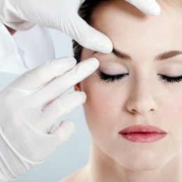 Operaţii estetice şi terapii preferate de doamne