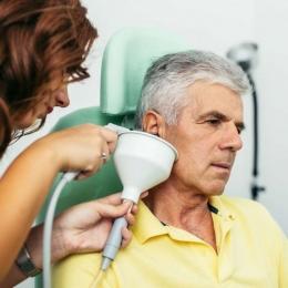 Otitele repetitive pot duce la pierderea auzului