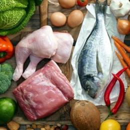 Sănătoşi ca în Epoca de piatră! Dieta Paleo vă ajută să slăbiţi rapid