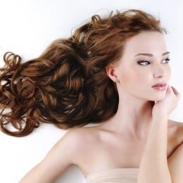 Tratamente pe bază de rozmarin, pentru un păr sănătos