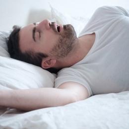 Persoanele care se privează de somn vor avea o imunitate mai slabă
