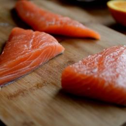 Consumul de peşte vă prelungeşte viaţa