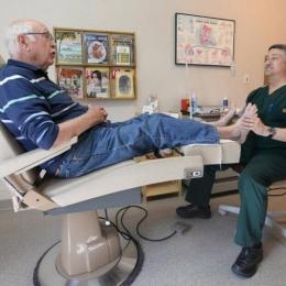 Cum se face îngrijirea piciorului diabetic