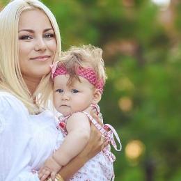 Plimbările în are liber sunt benefice pentru mamă şi bebeluş