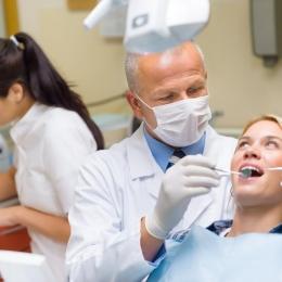 Problemele dentare neglijate pot duce la producerea unui infarct