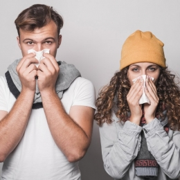 Aţi răcit? Feriţi-vă restul familiei să nu se îmbolnăvească!