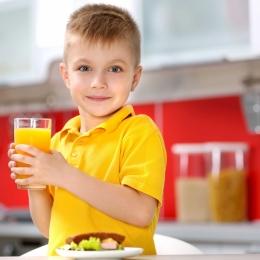 Recomandări pentru ca cei mici să ocolească bolile de sezon