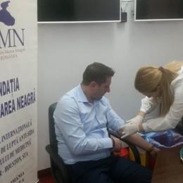 Angajaţii Primăriei, testaţi pentru HIV şi hepatită