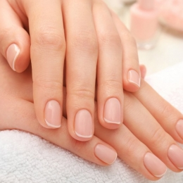 Semiluna de pe unghii vă reflectă starea de sănătate
