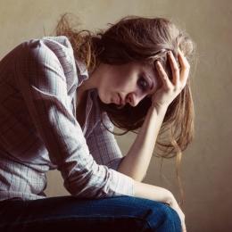 Deficitul de serotonină este legat de depresie, dar și de mâncarea peste măsură
