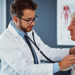Serviciile medicale, validate cu cardul de la 1 iulie
