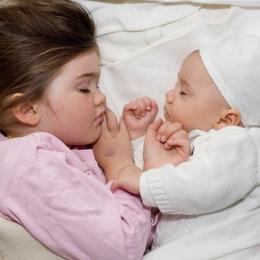 Cât de important este somnul de zi, pentru bebeluşi