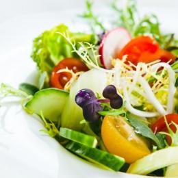 Sfaturi practice pentru prepararea salatelor de legume