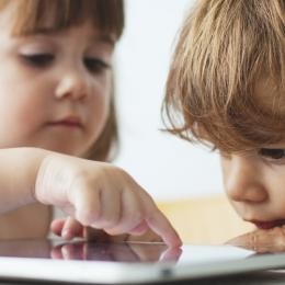Cum se manifestă strabismul la copii. De la ce vârstă trebuie dus copilul la oftalmolog