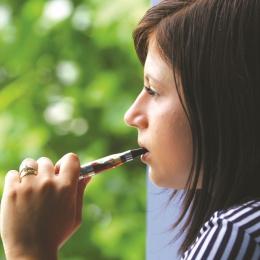 Ţigara electronică - calea de a scăpa de viciu sau păcăleală?