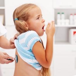 Tusea convulsivă trebuie tratată cu mare responsabilitate