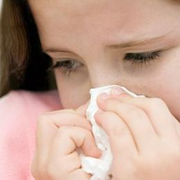 Cum îi tratăm pe cei mici de virozele primăvăratice