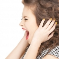 Ce probleme de sănătate cauzează țiuitul în urechi